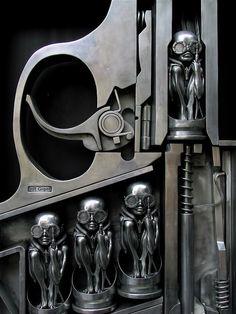 Curio Cabinet: Hans Ruedi Giger (1)