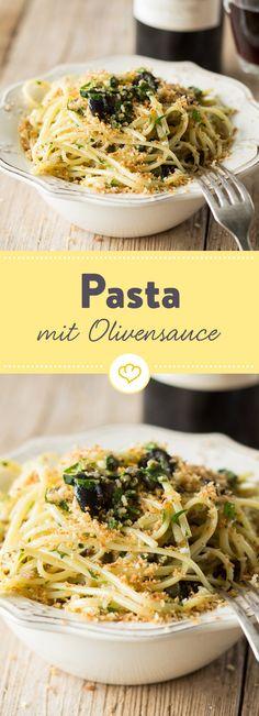 Viele Kräuter, Oliven und Kapern treffen auf typische Pasta aus Kampanien und ergeben zusammen ein Geschmackserlebnis der Extraklasse.