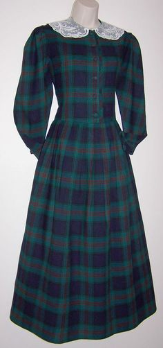 LAURA ASHLEY VINTAGE TRADITIONALLY WOOL TARTAN LACE COLLAR LONG PLEATED DRESS 14 #LauraAshley #Casual