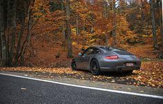 "Ultraleggera HLT 19"" on Porsche 911 Carrera (997) -photo by Alex.willems #OZRACING #ITECH #ULTRALEGGERA #HLT #RIM #WHEEL"