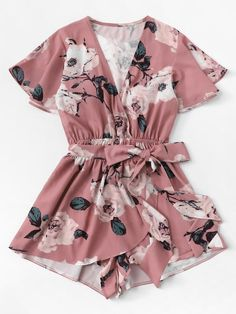 Monos Verano 2019 Mujer Playsuit Women V-Neck Bow Sashes Floral Printing Short Sleeve Romper Ladies Summer Shorts Playsuit Cute Rompers, Rompers Women, Jumpsuits For Women, Teen Fashion Outfits, Outfits For Teens, Plus Size Outfits, Girl Outfits, Cute Summer Outfits, Cute Casual Outfits
