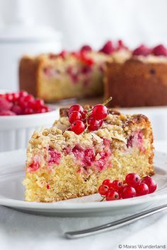 Heute präsentiere ich euch meine persönliche Sommerkuchenliebe für dieses Jahr! ♥ Und das obwohl ich während des Backens zuerst dachte, der Kuchen wird eher weniger... - weiter lesen -