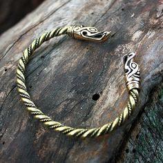 Bronce y latón lobo jefes vikingos nórdicos Torc por MAGICrebEL
