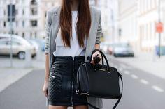 http://fashionbymonika.blogspot.com/2014/08/quilted-skirt.html