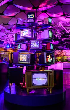 Old TVs, art installation, focal point of an arcade? Dark Purple Aesthetic, Neon Aesthetic, Aesthetic Collage, Bedroom Wall Collage, Photo Wall Collage, Picture Wall, Purple Wallpaper, Retro Wallpaper, Aesthetic Backgrounds