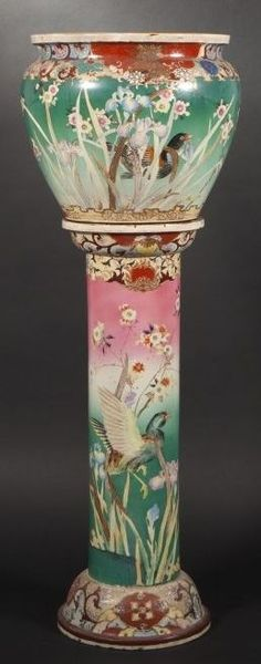 Column earthenware pot polychrome decorated with birds, flowers and plants.
