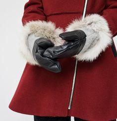 Mitaines Marilyne Baril 140.00 $  Mitaines en cuir d'agneau avec melton de laine et fourrure canadienne sauvage de coyote.  Cuir d'agneau Fourrure canadienne sauvage de coyote Doublure très douce en fausse fourrure Créées et fabriquées à Montréal Bomber Jacket, Fibres, Marigold, Collection, Boots, Winter, Jackets, Fashion, Lambskin Leather