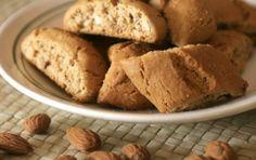 Παξιμαδάκια αμυγδάλου - iCookGreek Greek Sweets, Greek Recipes, Biscotti, Cornbread, Donuts, Muffins, Food And Drink, Cooking Recipes, Vegan