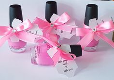 Pink nail polish finishe doff the a pink satin bow and a tag reading: 10 little fingers and 10 little toes. Perfect for your baby shower. Bow Baby Shower, Baby Shower Favours, Personalized Baby Shower Favors, Nail Polish Favors, Pink Nail Polish, Baby Bows, Makeup Junkie, Party Favors, Shower Inspiration