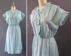 70s Sky Gazing Dress 1970s does 1940s Vintage by CatinasVintage