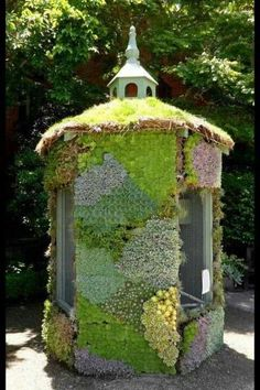 Hen house - love the vertical garden here.