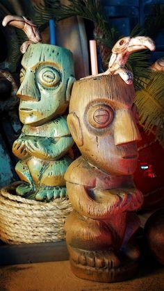 Mai Kai mugs by Tiki Diablo. The Tookie of Tiki Tiki Man, Tiki Tiki, Bars Tiki, Tiki Hawaii, Tiki Bar Decor, Tiki Lounge, Vintage Tiki, Tiki Torches, Tiki Party