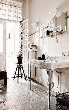 Casinha colorida: Vintage: banheiros