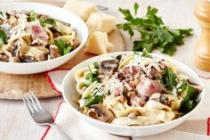 Mustard-crusted beef with creamy mushroom pasta