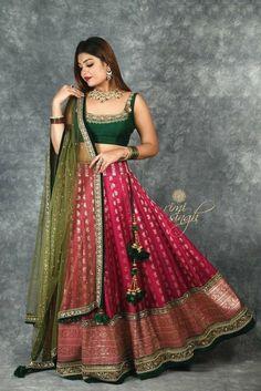 Half Saree Lehenga, Lehenga Saree Design, Lehnga Dress, Lehenga Designs, Lehenga Gown, Lehenga Choli Wedding, Raw Silk Lehenga, Banarasi Lehenga, Green Lehenga