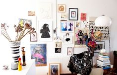 Beautiful wall. #interior #posters #indie
