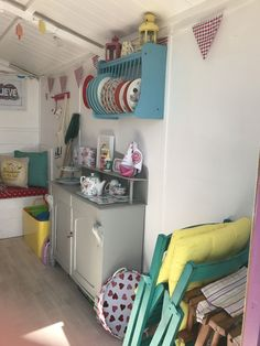 Millie's Beach Huts – A Fantastic Family Day Out! – The Unconventional Mummy Beach Hut Decor, Beach Huts, Craft Room Decor, Bedroom Crafts, Home Decor, Beach Hut Interior, Sink Units, Family Days Out, Shabby Chic Interiors