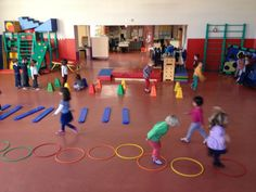 Physical Activities For Kids, Fun Games For Kids, Physical Education, Pe Games, Baby Games, Fun Outdoor Games, Basketball Court, Action, Classroom