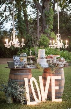 24 rustic wedding decor photos for a beautiful ceremony ❤ More information: www.weddingfo & & The post 24 rustic wedding decor photos for a beautiful ceremony ❤ More information: www.weddingfo appeared first on Wedding. Used Wedding Decor, Rustic Wedding Decorations, Chic Wedding, Fall Wedding, Our Wedding, Wedding Venues, Dream Wedding, Crazy Wedding, Wedding Girl