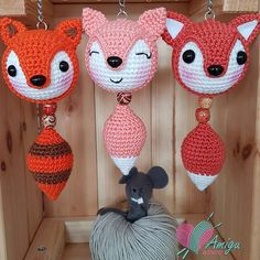 How to crochet fox keychain amigurumi – Amigu World Chaveiro Crochet Fox Pattern Free, Crochet Keychain Pattern, Free Crochet, Tutorial Crochet, Single Crochet Stitch, Amigurumi Patterns, Amigurumi Fox, Double Crochet, Sewing