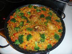 Kuchnia Hiszpańska i Latynoamerykańska: Arroz con pollo - znakomity ryż z kurczakiem i bro...