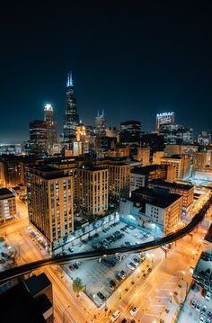 One of many great free stock photos from Pexels. This photo is about skyline, skyscrapers, urban area Enterprise Architecture, Lego Architecture, Architecture Models, Victorian Architecture, Lampe 3d, Chicago At Night, Image Apps, Chicago Skyline, Chicago Pd
