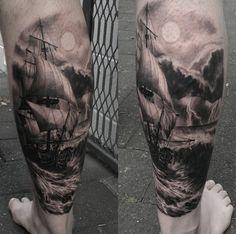 Tattoo Schiff Vollmond Wasser