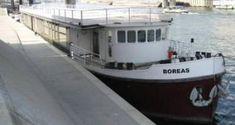 Com Location Bateau, Indoor Wedding Venues, Boats