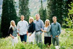 Mountain Family Photos | What to Wear for Family Photos | Lori Romney Photography