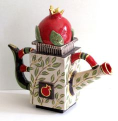 Pomegranate teapot