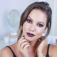 Buenas, meus amores! Me conta nos comentários qual tutorial querem ver no canal?! ❤️ Inscreva-se para receber os vídeos >> www.YouTube.com/c/JulianaGoesLifestyle • Amanhã tem vídeo novinho pra vocês!!! #Makeup #Maquiagem #JulianaGoes