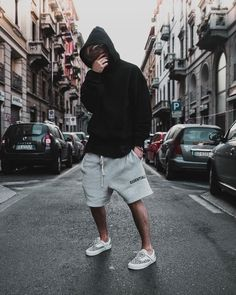 25 cheap premium mens streetwear summer 21 in 2019 fashion f Summer Outfits Men, Fall Fashion Outfits, Cool Outfits, Short Outfits, Hype Clothing, Mens Clothing Styles, Mode Streetwear, Streetwear Fashion, Hypebeast Outfit