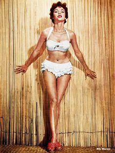 vintagegal:  Rita Moreno c. 1950s