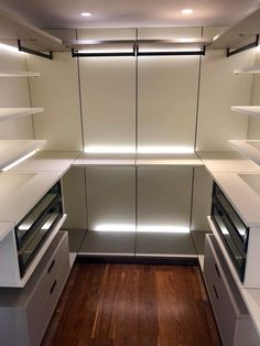 Linea Mixal Kitchen Cabinets, Kitchen Appliances, Luz Led, French Door Refrigerator, French Doors, Indoor, Closet, Design, Home Decor