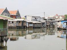 Pemukiman warga di Pasar Ikan