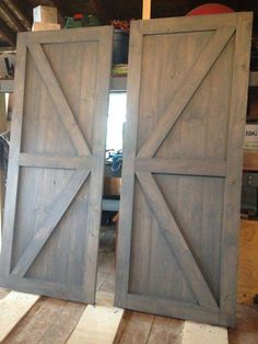 At RusticRoo Designs we handcraft custom barn doors made exactly to your specifications. Choose your doors exact size style and finish - September 10 2019 at Shed Doors, Garage Doors, Knotty Pine Doors, Exterior Barn Doors, Rustic Barn Doors, Building A Barn Door, Barn Door Designs, Muebles Living, Diy Door