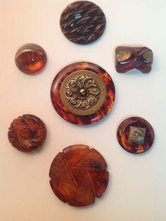 Tortoiseshell Bakelite buttons, in stock
