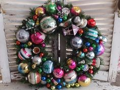Hey, I found this really awesome Etsy listing at https://www.etsy.com/listing/257684957/vintage-shiny-brite-ornament-merry