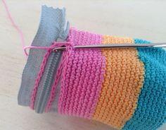 Easy # Wallet # Knitting # Making # # # knitting and wallet models # # knitting wallet models or how to make # # knitting wallet # – crochet pattern Crochet Pencil Case, Crochet Pouch, Knit Crochet, Loom Knitting, Knitting Stitches, Knitting Patterns, Crochet Patterns, Easy Knitting, Crochet Handbags