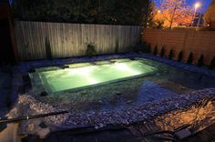 Two built in underwater lights for night swimming!