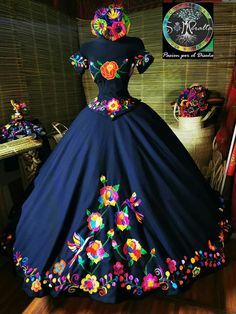 Mexican Theme Dresses, Quince Dresses Mexican, Mexican Quinceanera Dresses, Xv Dresses, Prom Dresses, Corset Dresses, Lace Prom Gown, Pageant Gowns, Dress Robes