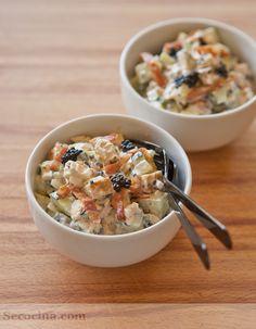 Ensalada de pollo y pepino: http://secocina.com/recetas/ensalada-de-pollo-y-pepino#