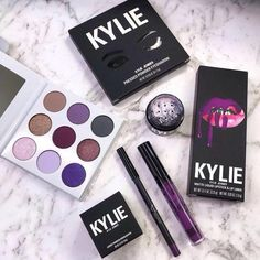 Makeup Products Mac Kylie Jenner 45 Ideas For 2019 Kylie Makeup, Mac Makeup, Skin Makeup, Makeup Brushes, Beauty Makeup, Kylie Jenner Makeup Products, Makeup Jobs, Eyeshadow Brushes, Makeup Geek