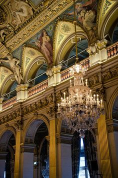 L'Hôtel de Ville de Paris by Bee.girl, via Flickr