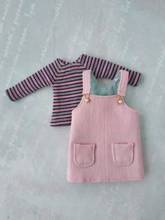Excited to share the latest addition to my shop: Pink casual outfit for Blythe doll, Striped t-shirt, Denim sundress Source by zontikl Sewing Barbie Clothes, Barbie Clothes Patterns, Sewing Dolls, Girl Doll Clothes, Clothing Patterns, Baby Girl Dress Patterns, Blythe Dolls, Stylish Outfits, Summer Outfits