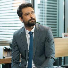 Turkish Men, Turkish Actors, A Good Man, Beautiful Men, Suit Jacket, Handsome, Film, Hot, Beauty