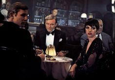 cabaret movie   Cabaret - Michael York - Liza Minnelli - Helmut Griem Image 10 sur 29