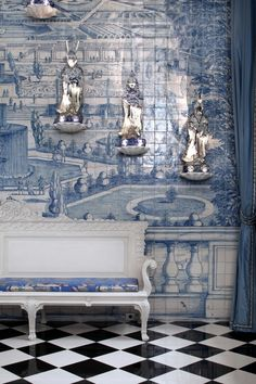 Inside-Juan-Pablo-Molyneux's-Historical-And-Classi - Murales Pared Exterior Portugal, Paris Home, Chinoiserie Chic, Dark Interiors, Handmade Tiles, Art Deco, Blue Rooms, White Tiles, Ceramic Design