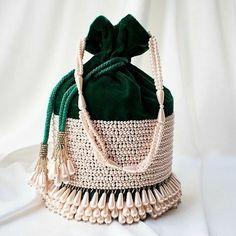 Leather Bags Handmade, Handmade Bags, Handmade Handbags, Potli Bags, Embroidery Bags, Wedding Clutch, Diy Handbag, Green Velvet, Boho Bags