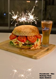 This would be perfect on BIRTHDAY lol seriously hamburgeres iver cake all day!!! and ill be 21